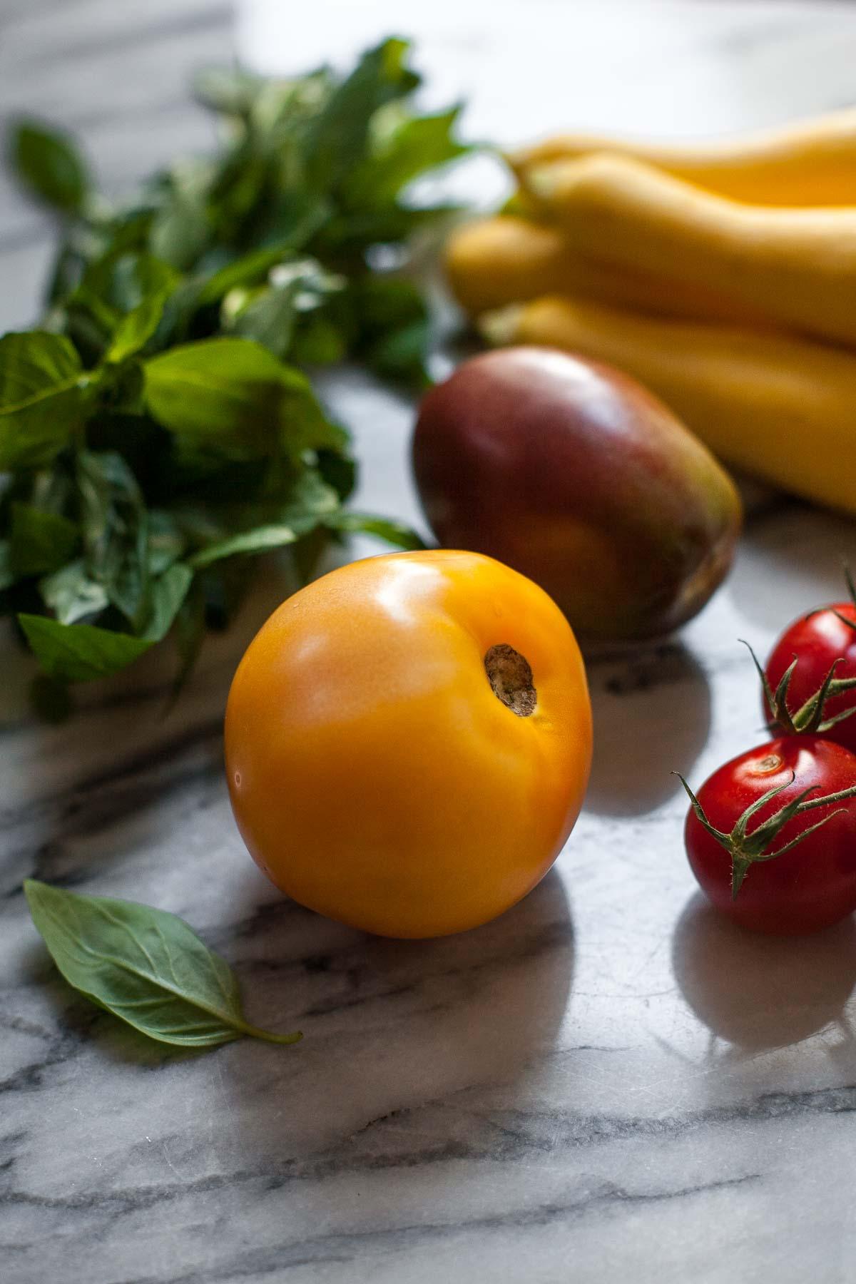 Pesto Shrimp Bake with Squash and Tomatoes #30MinuteMondays | acalculatedwhisk.com