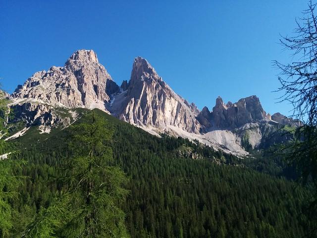 Herrliches Panorama beim Aufstieg zum Sorapiss-See