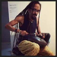 """""""La première des choses à recycler est l'intelligence."""" #poolartfair #gwada #expo #caribbean :palm_tree: #creole #art #exXÒsmètKakOla #percussions #handcraft #drum #quotes"""