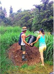 人的排洩物,會定期移到農場偏遠角落等待一年左右的時間讓其發酵熟成為土壤。攝影:林貞妤。