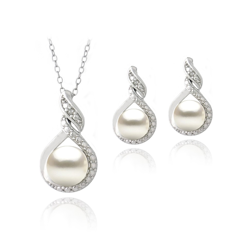 Sterling silver freshwater pearl diamond pearl necklace for Diamond pearl jewelry sets