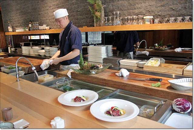 20236656821 abda715a0d z - 『熱血採訪』本壽司sushi stores-職人專注用心的日本料理精神,精緻生猛海鮮無菜單料理。情人節&父親節雙人套餐超值推出,道道是主菜,處處有驚喜。
