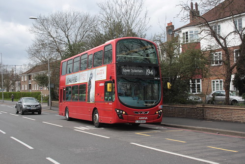 Arriva London South DW251 LJ59AAX
