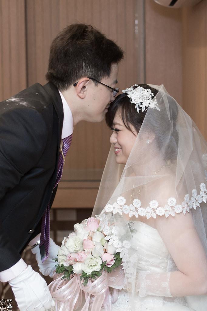 台南婚攝-繼中&佳芸-迎娶午宴 X 東東宴會式場-東嬿廳 (40)
