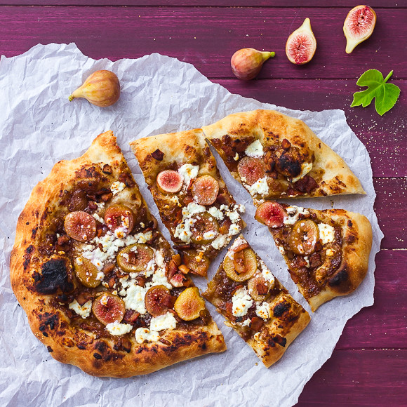 Fresh Fig, Bacon Jam, and Goat Cheese Pizza
