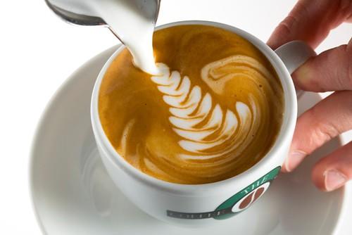 Кава з молоком: користь і шкода