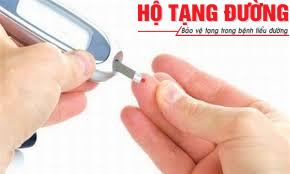 Thường xuyên kiểm tra đường huyết