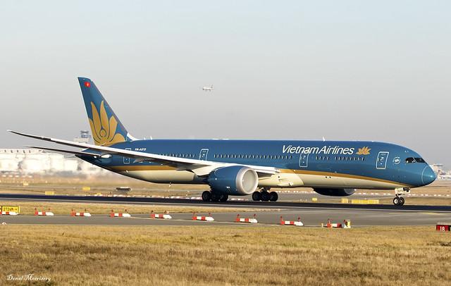Vietnam Airlines 787-9 VN-A870