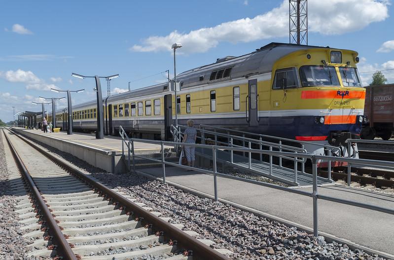 Diiselrong DR1A Valga raudteejaamas, 23.06.2016.