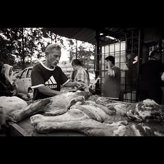 #selamathariraya #malaysia #ricoh #gr #ricohgr #bw #bnw #blackandwhite #bw_malaysia #monochrome #pasar #street #streetphotography