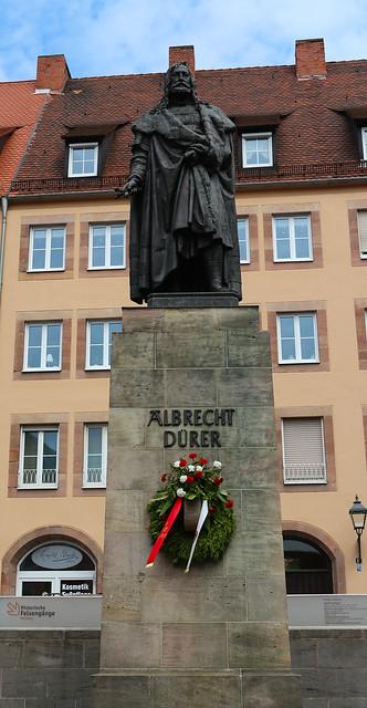 Albrecht-Dürer-Statue