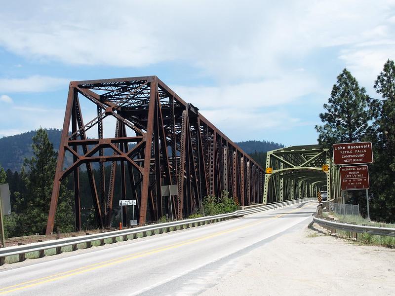 US 395/SR-20 Bridge: OLYMPUS DIGITAL CAMERA