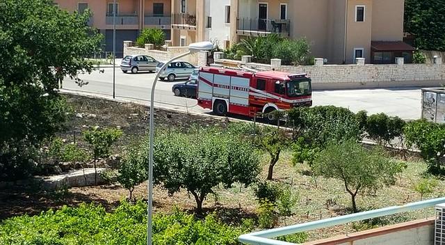 Casamassima- accerchiata dal fuoco e dal degrado-Foto di Lorenzo Guidone