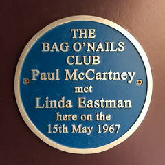 Photo of Paul McCartney and Linda McCartney blue plaque