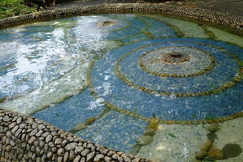 モザイク池