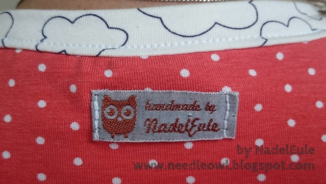 """Rückwärtiger Kragen Shirt """"Masha"""" mit Label """"by NadelEule""""."""