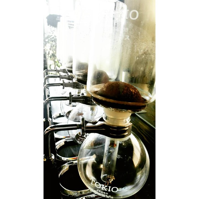 Warm days are siphon days, too! #singleorigin #siphoncoffee #caffedbolla #slc #coffee #roaster