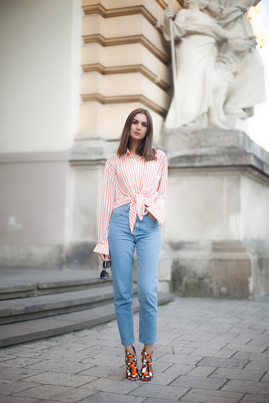 mom-jeans-street-style-outfit