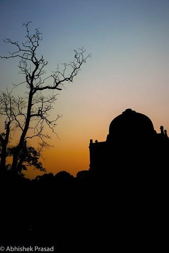 lodhigarden silhouette sunrise sunset dusk naturephotography natgeo worldheritage canon80d