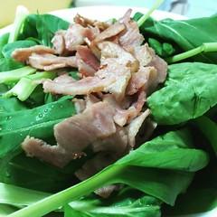 水耕栽培で収穫したチンゲサイ? で、サラダ作りました。