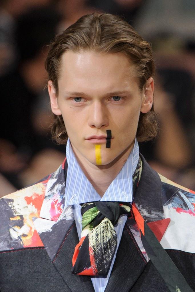 Ryan Keating3106_SS16 Paris Yohji Yamamoto(fashionising.com)