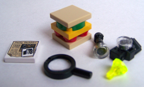 LEGO Mystery Machine accessories