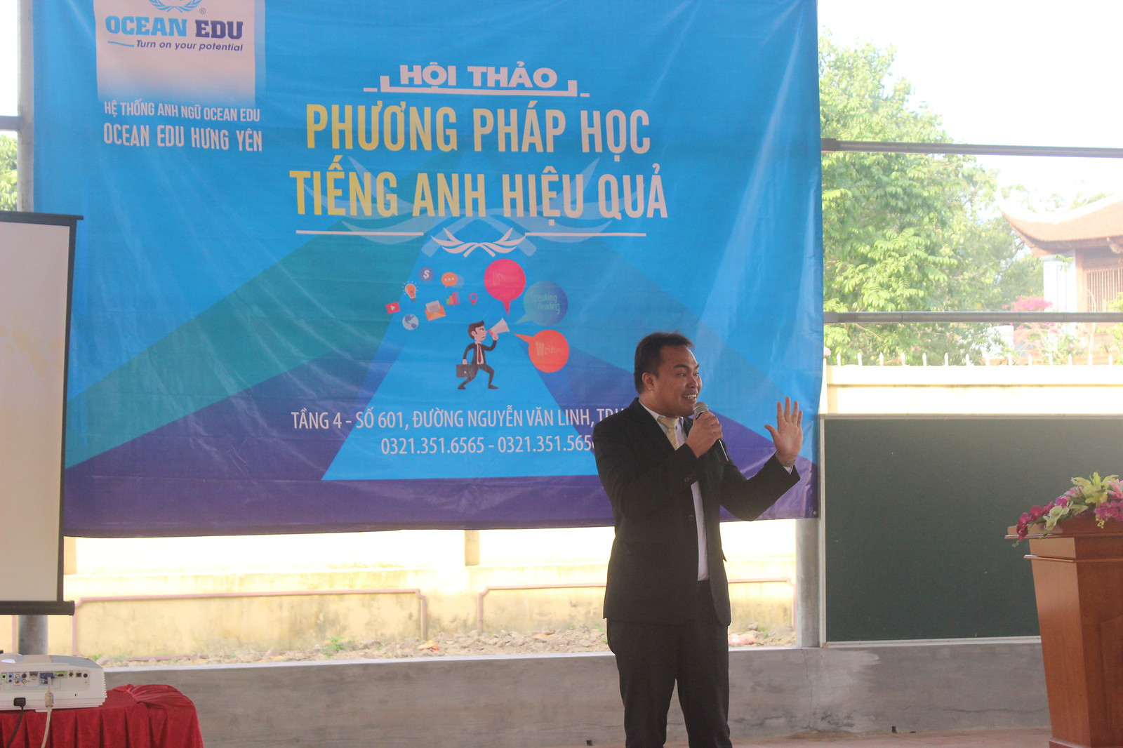Seminar-Workshop in Tran Hung Dao High School, Hung Yen  successfully held