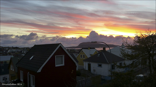 føroyar færøerne faroeislands tórshavn streymoy panasoniclumixdmcfz150 maritagulklett sólarris sunrise