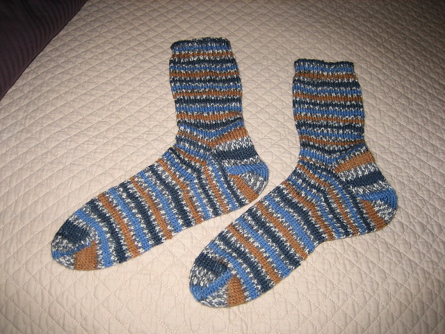 Knitted Sock Patterns On Circular Needles : Circular Needle Sock Pattern   Design Patterns