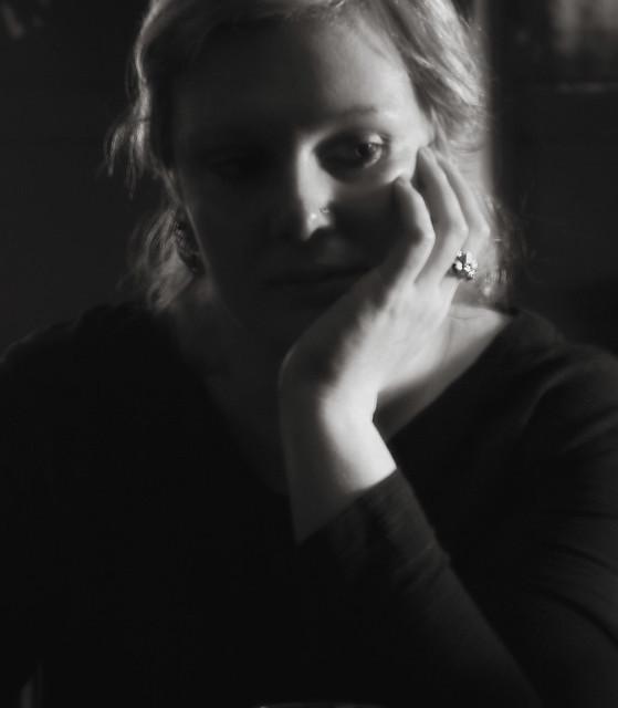 Daniëla thinking over her sins?