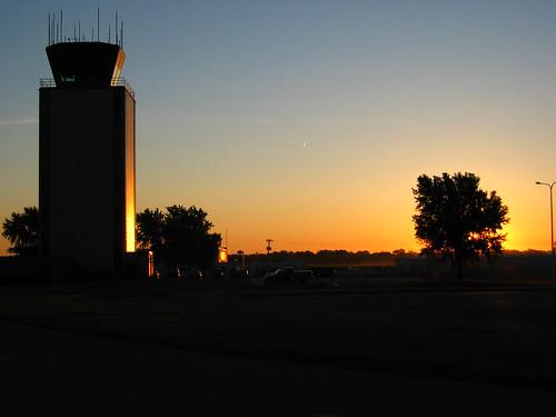 sky silhouette sunrise airport artsy masthead