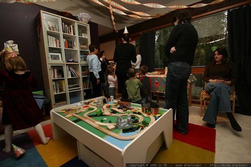 2005-11-05, birthday party, kids, three yea… _MG_9224.JPG