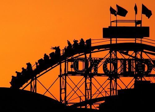 newyorkcity sunset brooklyn coneyisland bravo quality rollercoaster cyclone upanddowns marshasinetar