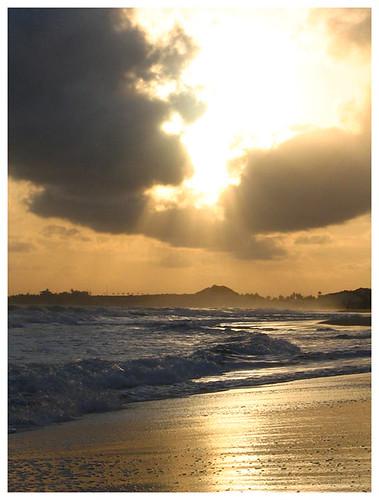sun sol praia sunrise here comes nascer