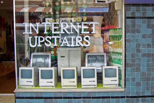 Internet Upstairs - Apple iMacs from $400