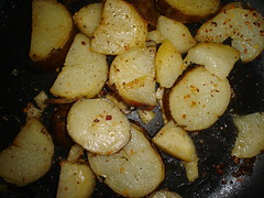 cooking plantain(0.0), plant(0.0), vegetable(1.0), potato(1.0), produce(1.0), food(1.0), potato wedges(1.0), dish(1.0), root vegetable(1.0),
