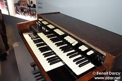 computer component(0.0), celesta(0.0), string instrument(0.0), electronic device(0.0), nord electro(0.0), fortepiano(0.0), electronic keyboard(0.0), music workstation(0.0), electric piano(0.0), digital piano(0.0), organ(0.0), player piano(0.0), string instrument(0.0), synthesizer(1.0), piano(1.0), musical keyboard(1.0), keyboard(1.0), electronic instrument(1.0),