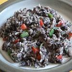 Schwarze Bohnen mit Reis – Gallo pinto