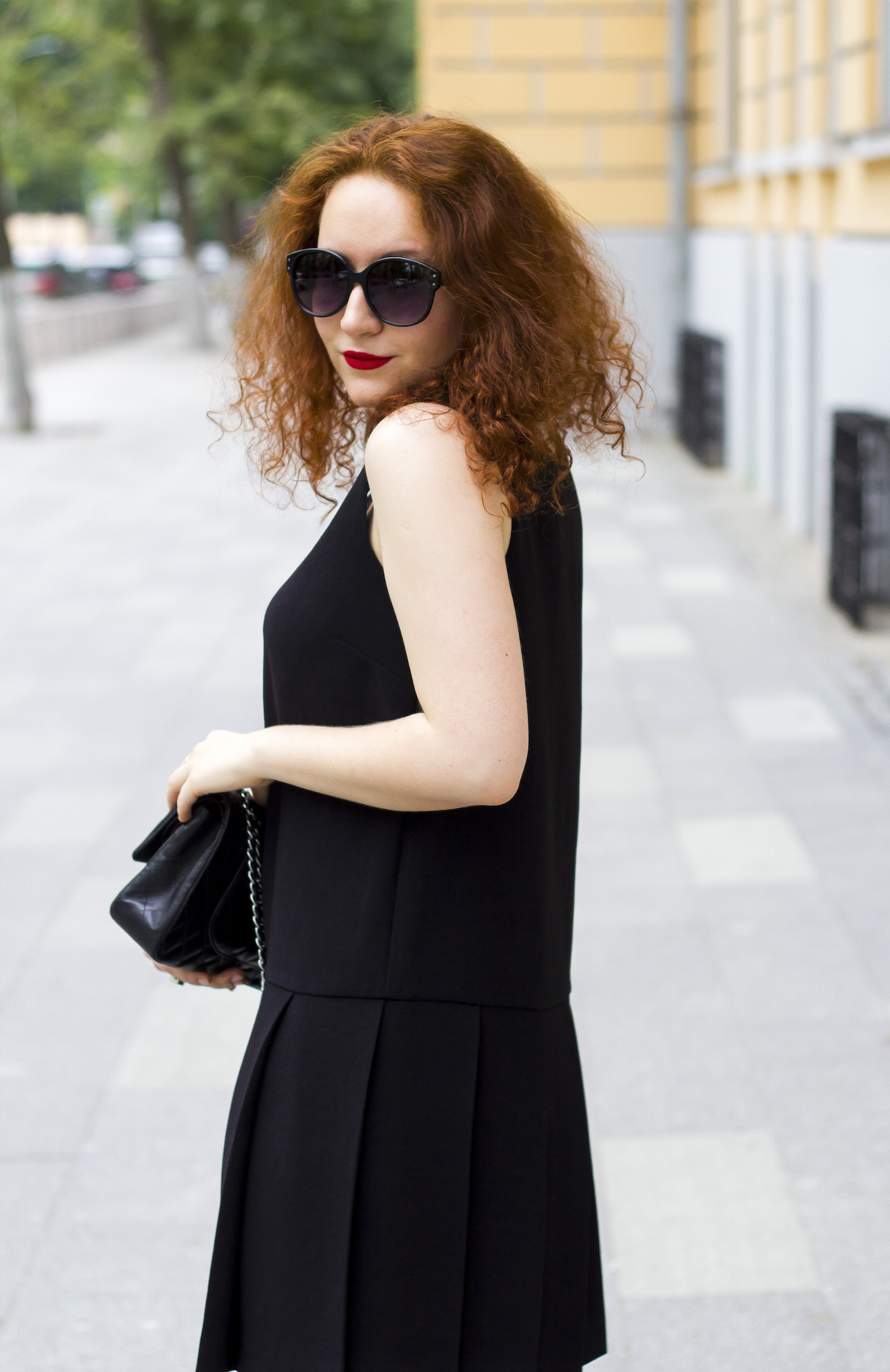 Enn Franco Says, Fashion blog, Street style, Outfit of the day, Marc Jacobs dress, Chanel bag, Prada heels, Pieces sunglasses