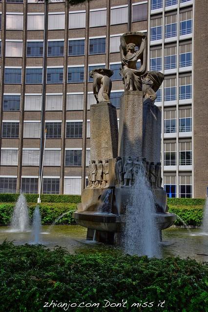 Sculpture Panta Rhei