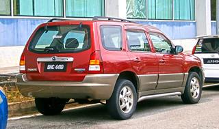 2004 Mazda Tribute 2.0 5-door SUV