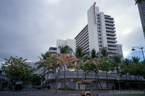 Ambassador Hotel Waikiki, stayed left lower side
