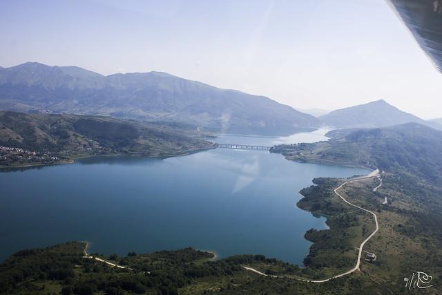 Avio_Lago di Campotosto