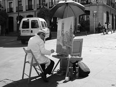 Pintor, Plaza Santa Cruz (7)