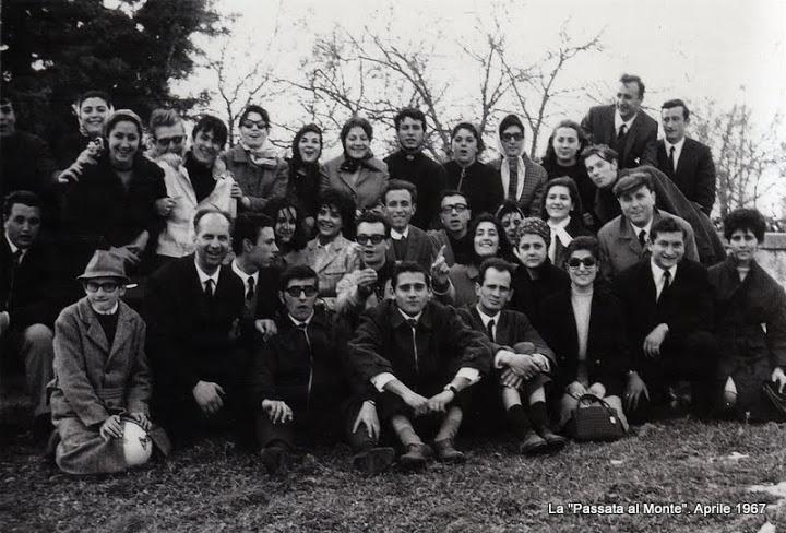 foto gruppo passata al monte aprile 67