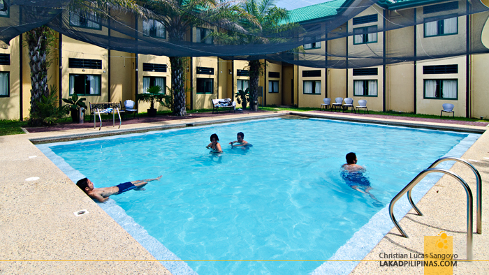 Microtel Cabanatuan Pool