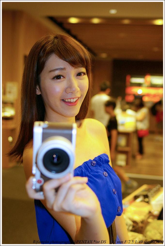 [投票]Pentax與Leica室內人像大對決