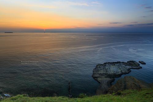 ocean sea sunrise landscape dawn taiwan 海岸 penghu 澎湖 daybreak 6d chimi 海洋 日出 離島 菊島 七美 wangan 海蝕平台 小台灣 晨昏攝影 風景攝影 ef1635mmf28liiusm 1635lii 望安鄉 台灣影像 跳島 南方四島 waxiriver