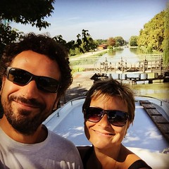 Chiuse su chiuse! #Aquitania #barca #ritmodelfiume