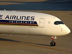 Singapore Airlines Airbus A350-900XWB 9V-SMB HND/RJTT